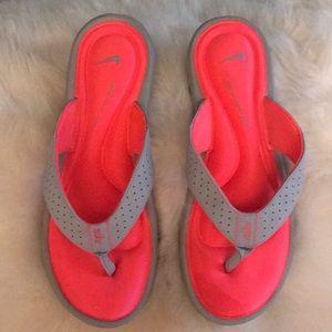 Nike thong slides nwob